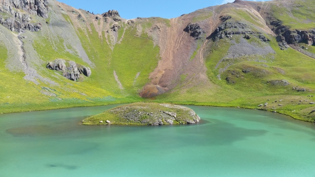 Do you see the switchbacks above Ice Lake? That's part of the Hardrock 100 course! Yes, please!